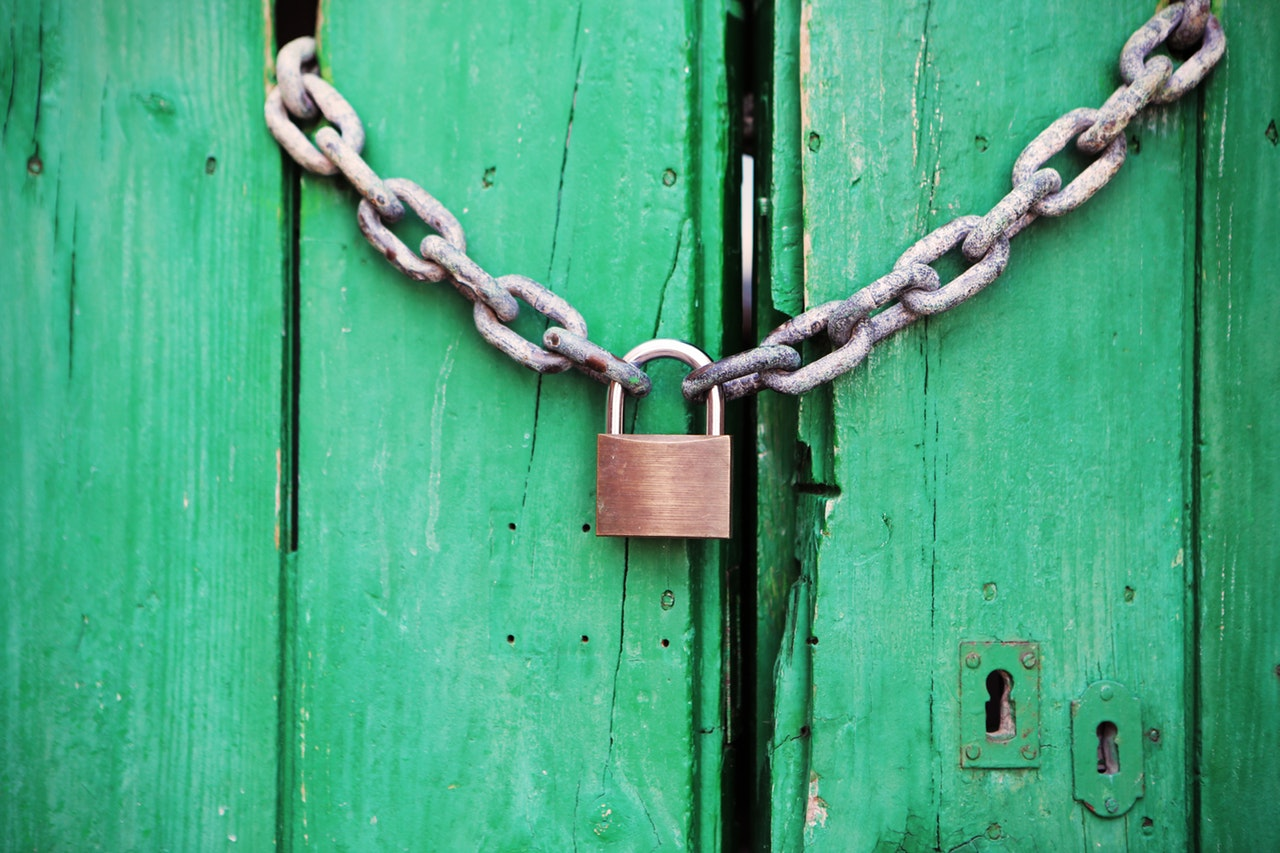 Image from https://www.pexels.com/photo/door-green-closed-lock-4291/